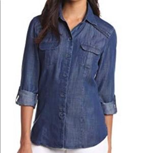 Button down Fitted Denim Top